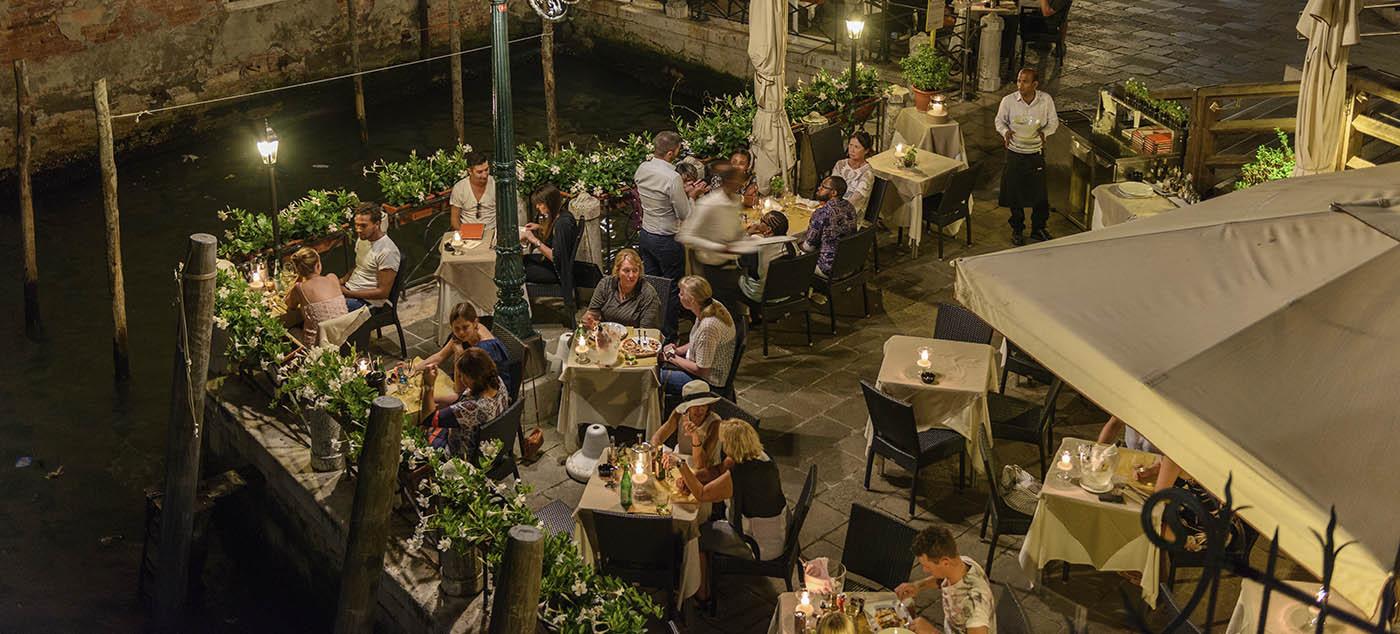 Chaises pour CHR | Chaises pour Restaurants, Hôtels, Cafés